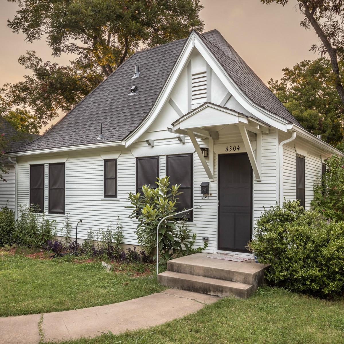 Historic Hyde Park Homes Tour 2015 Calcasieu Lumber Company cottage house
