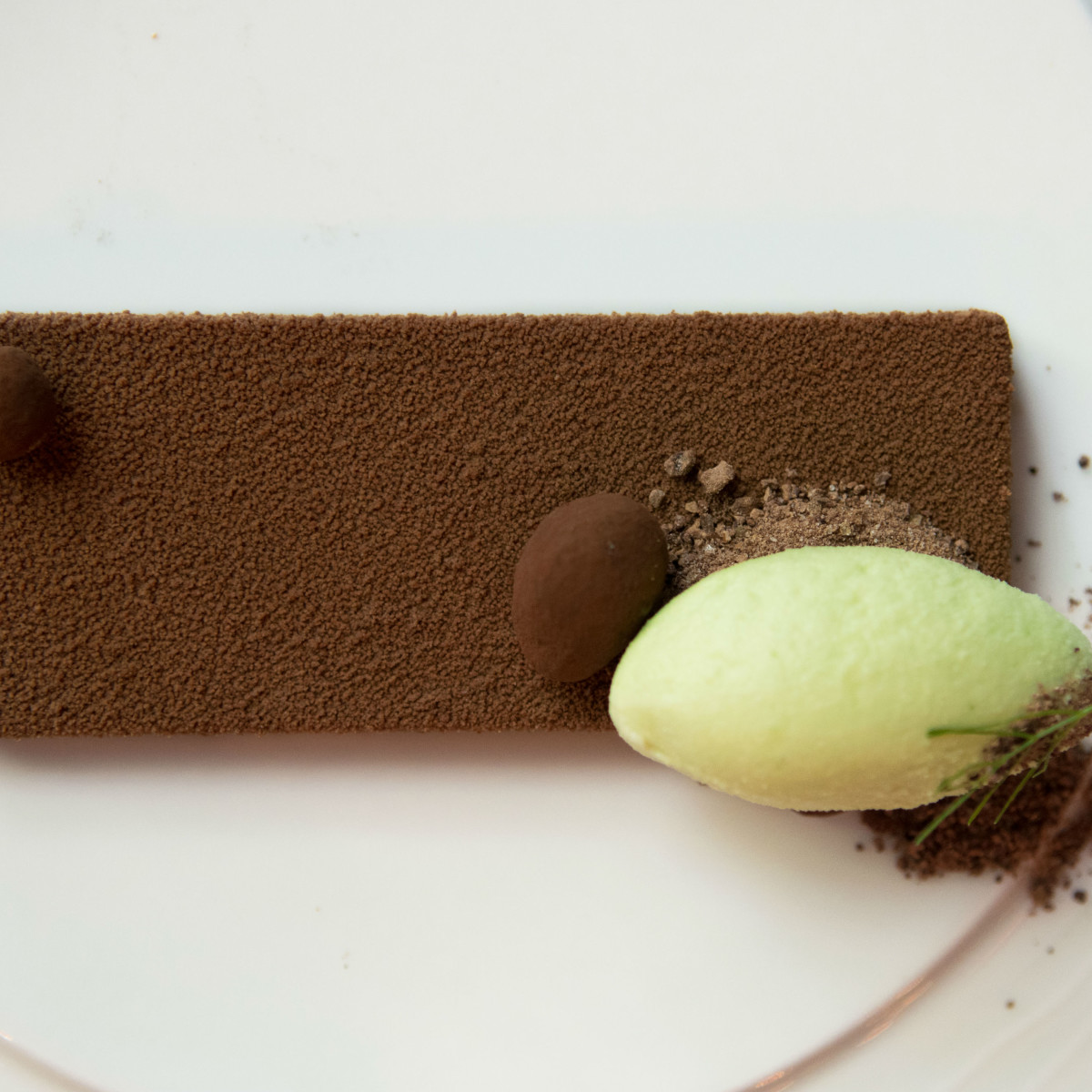 Juniper dessert mint chocolate