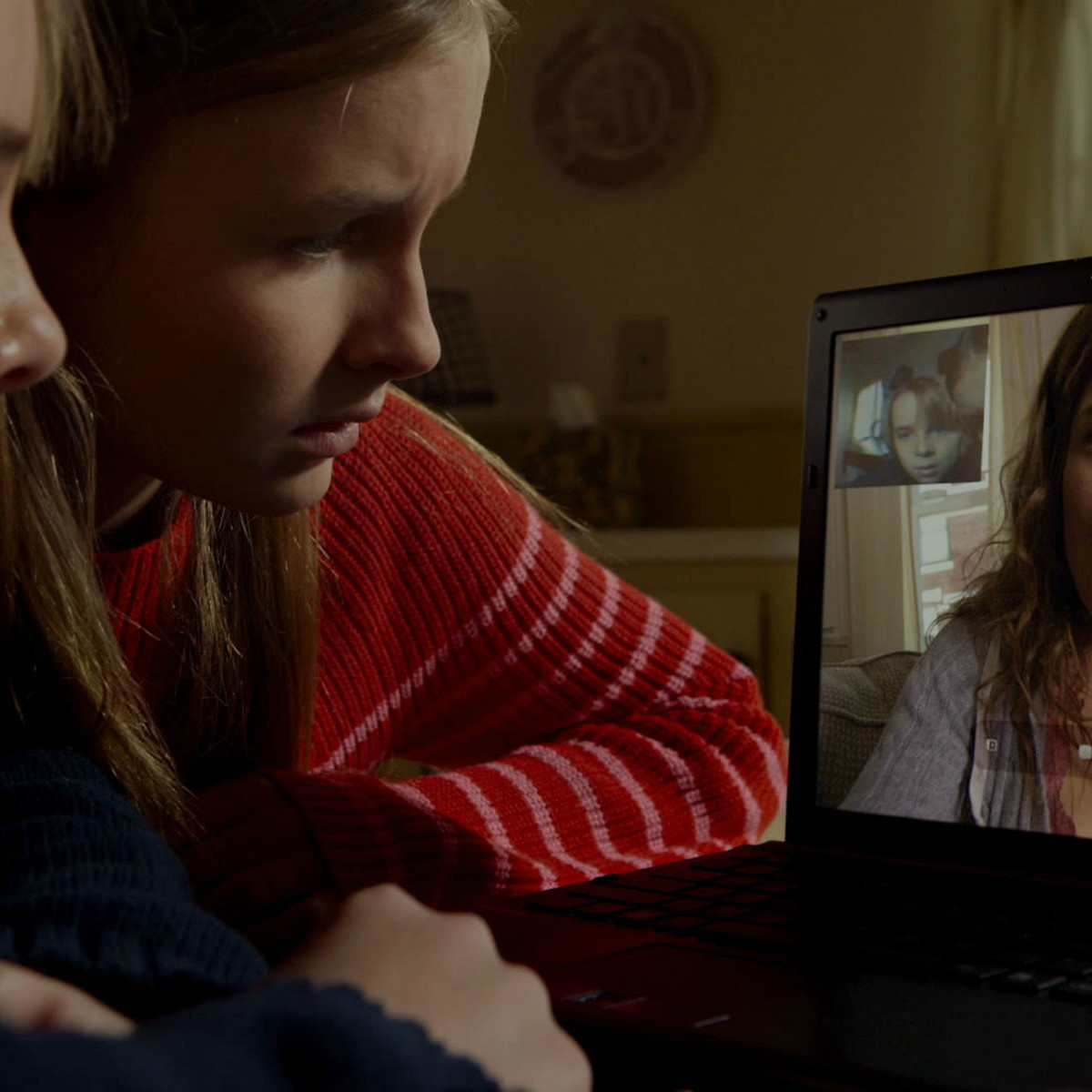 Ed Oxenbould, Olivia DeJonge, and Kathryn Hahn on The Visit