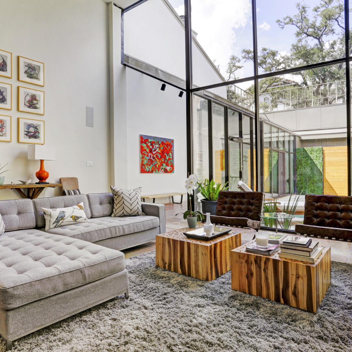 Houston, 1203 Berthea, September 2015, living