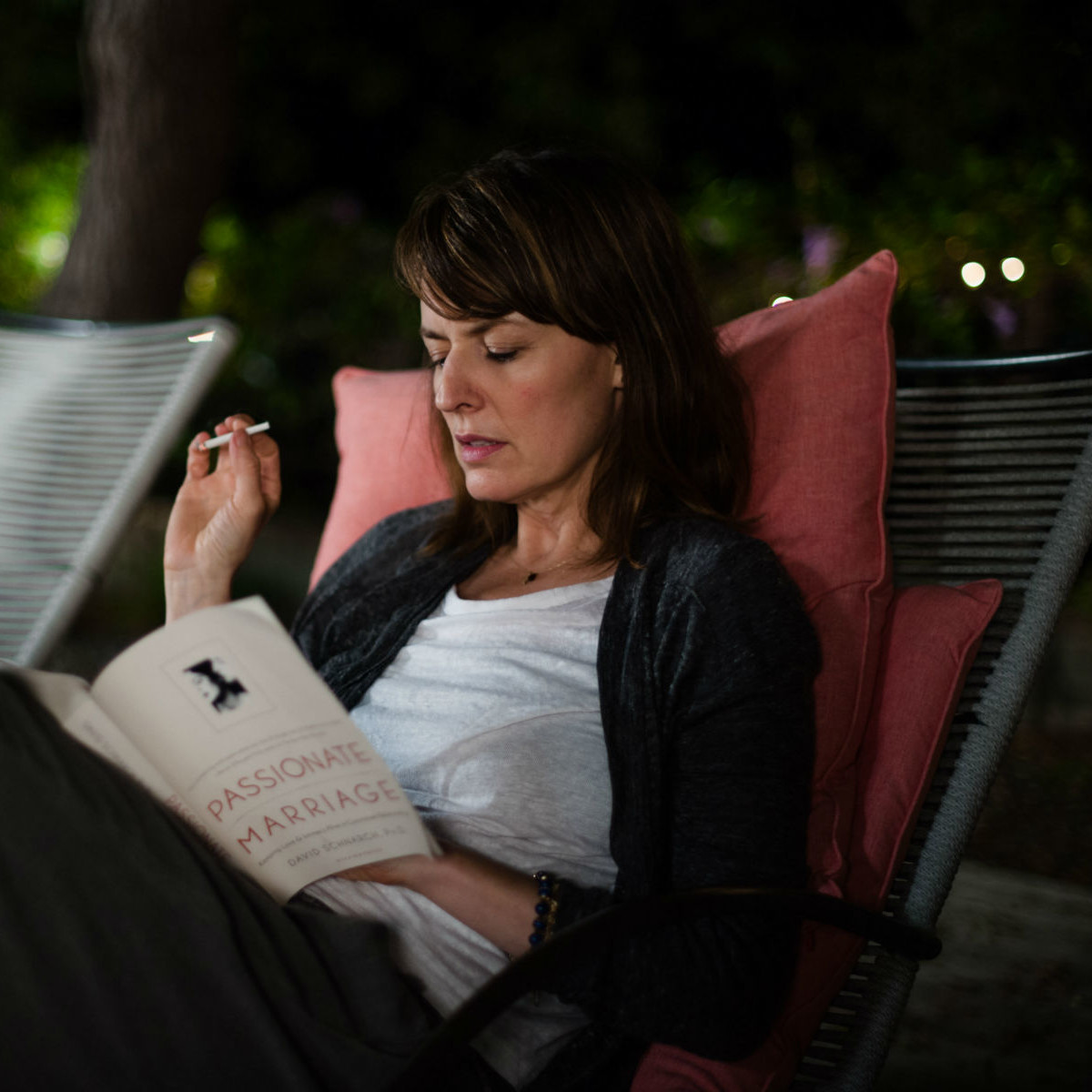 Rosemarie Dewitt in Digging for Fire