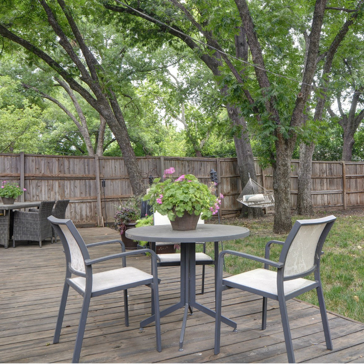 9870 Mixon Dr. for sale in Dallas