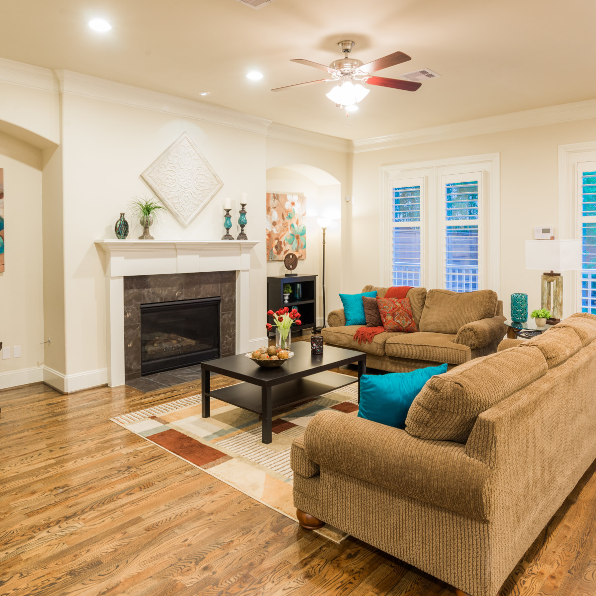 Houston, 1216 Bomar, June 2015, living room