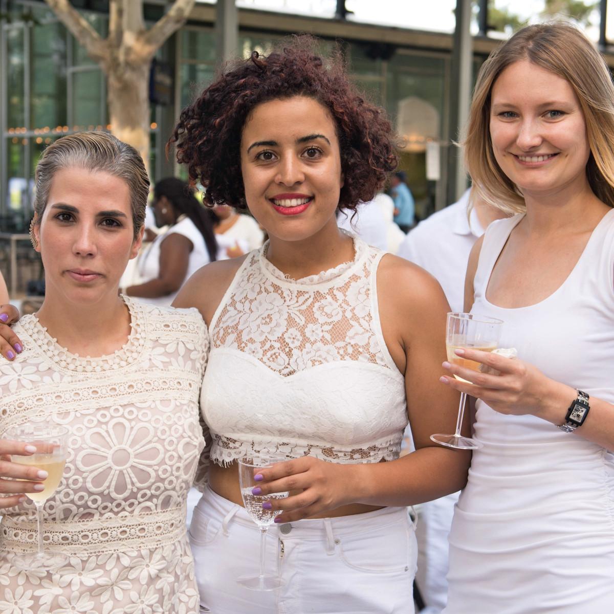 Houston, Diner en Blanc, June 2015, Eleanor Cluzel, Salma Rizki, Yulia Baker