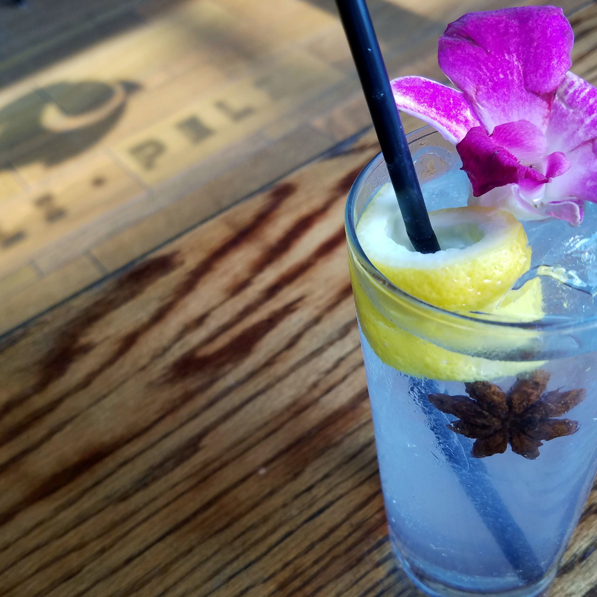 Houston, new happy hour deals, May 2017, Peli Peli Breede River Tonic