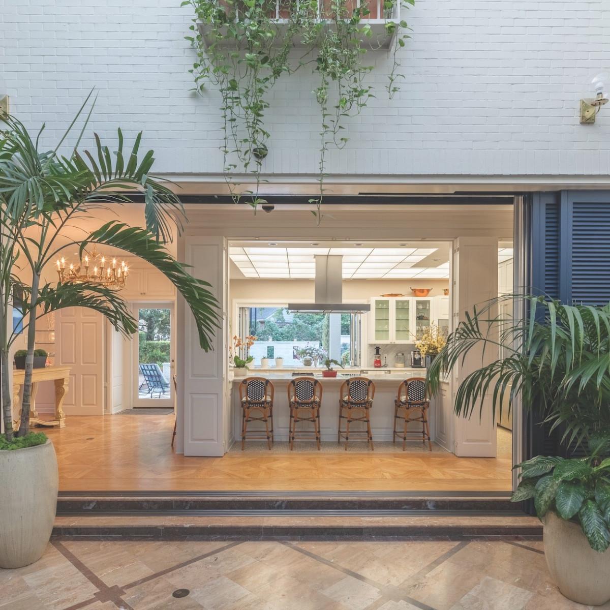 Cordua 3 Saddlewood  Court kitchen open window