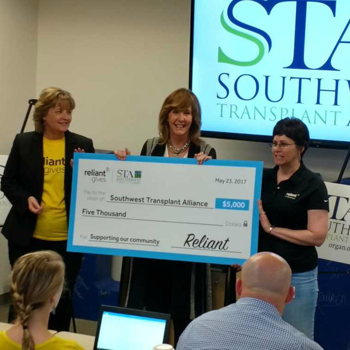 Southwest Transplant Alliance check presentation
