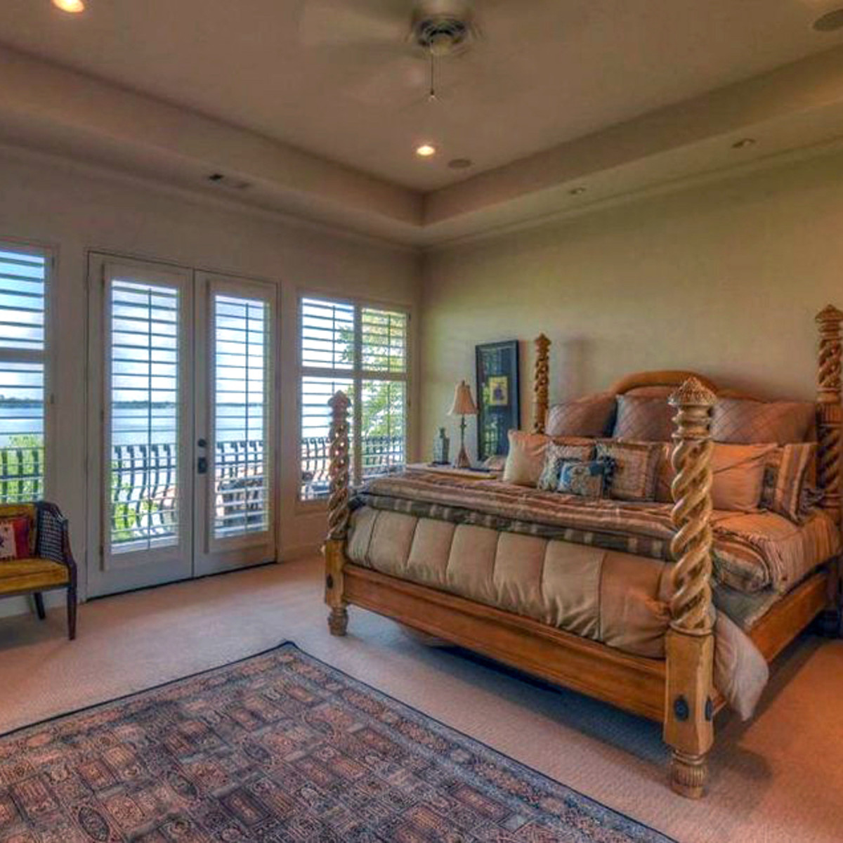 Rex Tillerson home at Horseshoe Bay, master bedroom