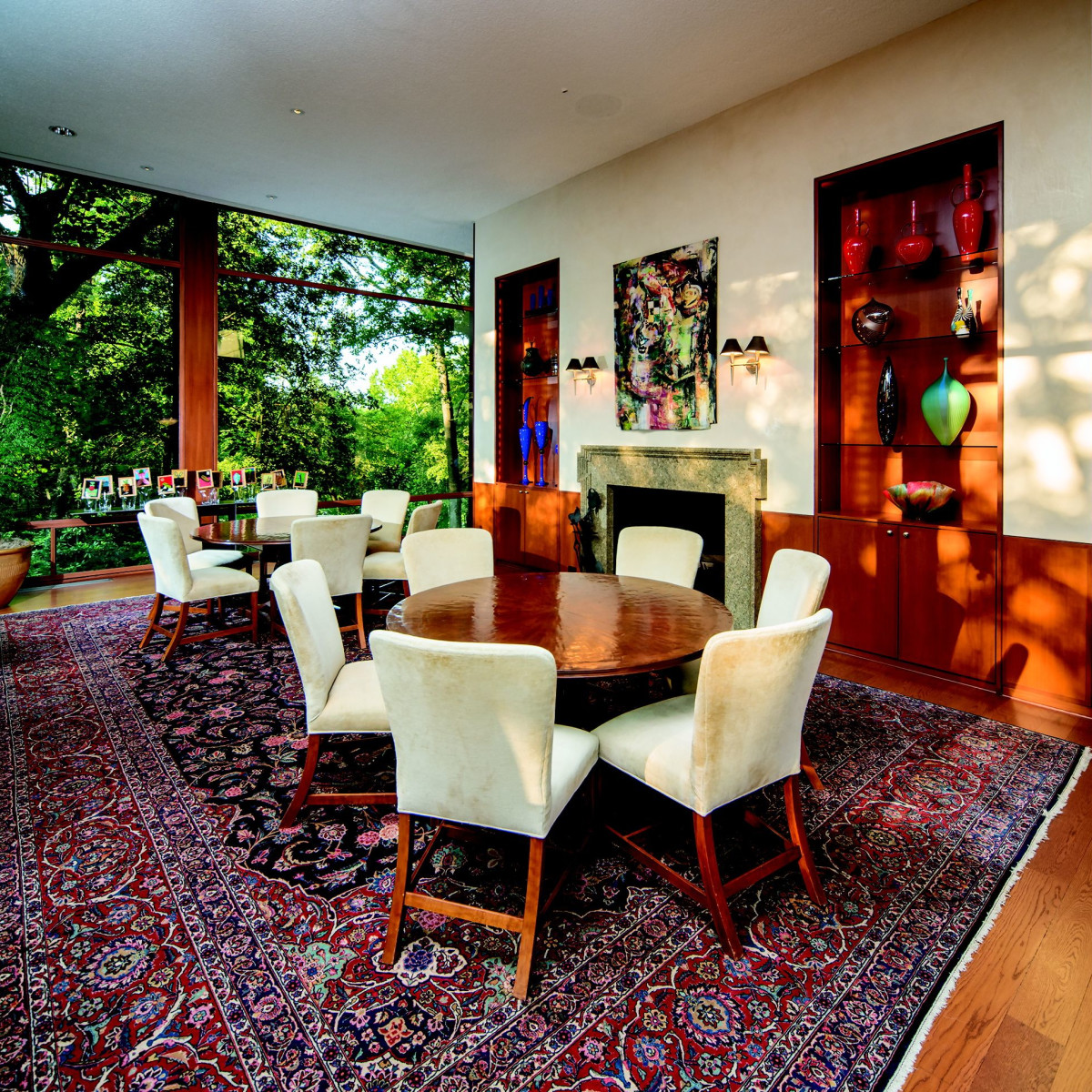 2930 Lazy Lane dining room