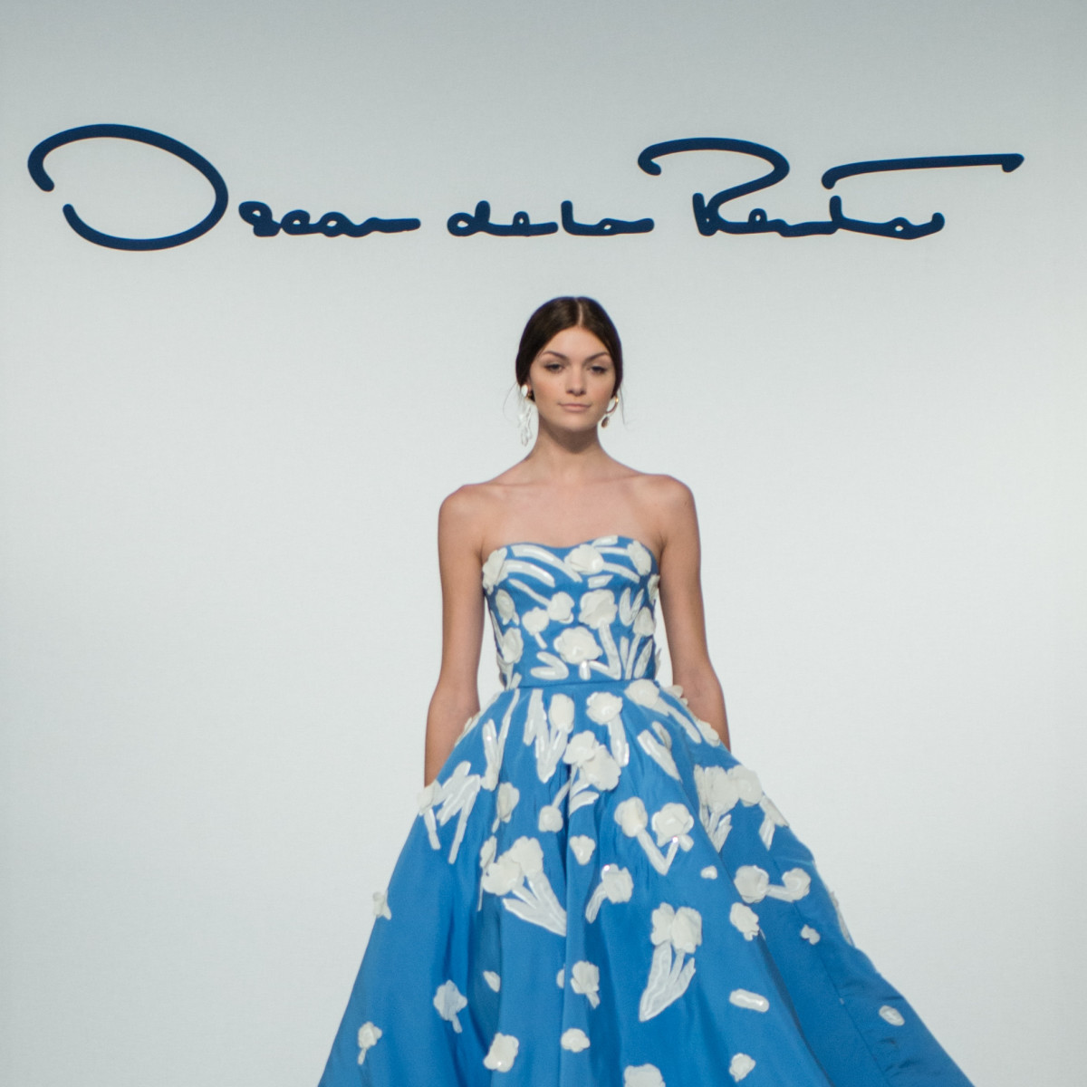 Oscar de la Renta 2018 resort collection blue gown
