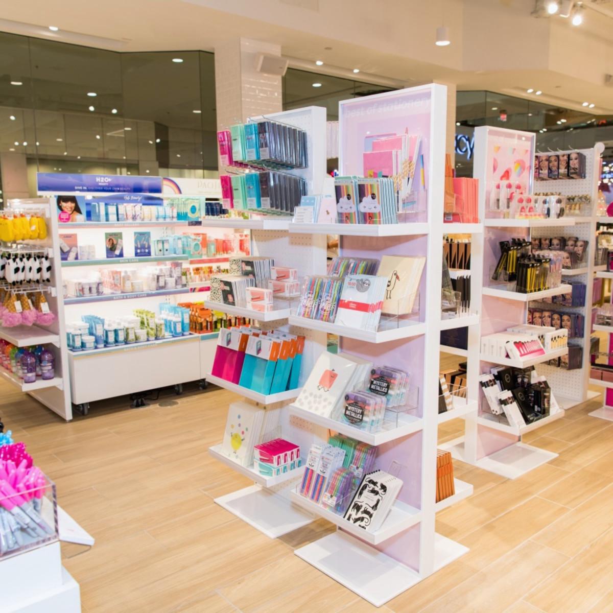 Dallas, Riley Rose Beauty Store, Stonebriar