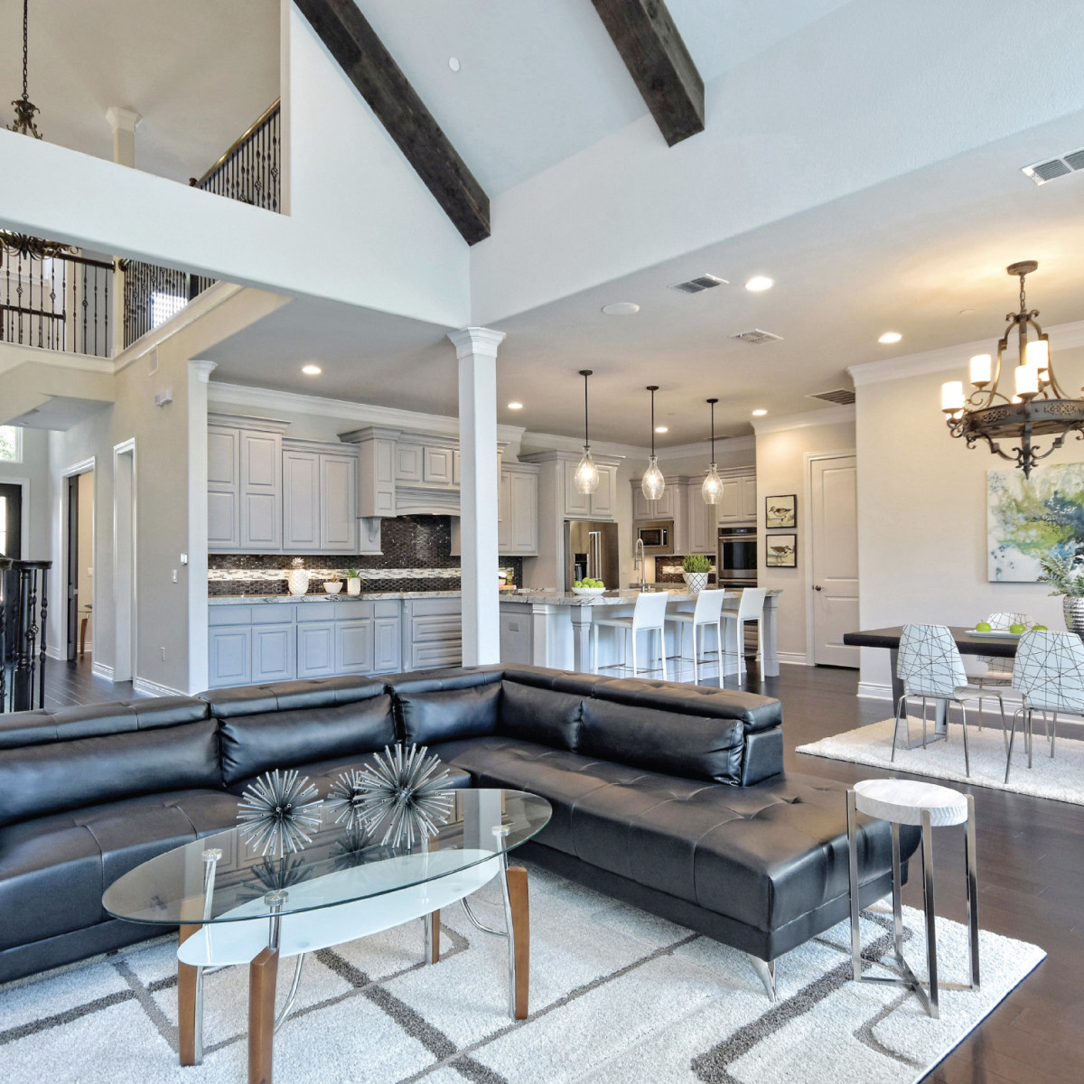1955 Rue De St. Tropez Austin house for sale