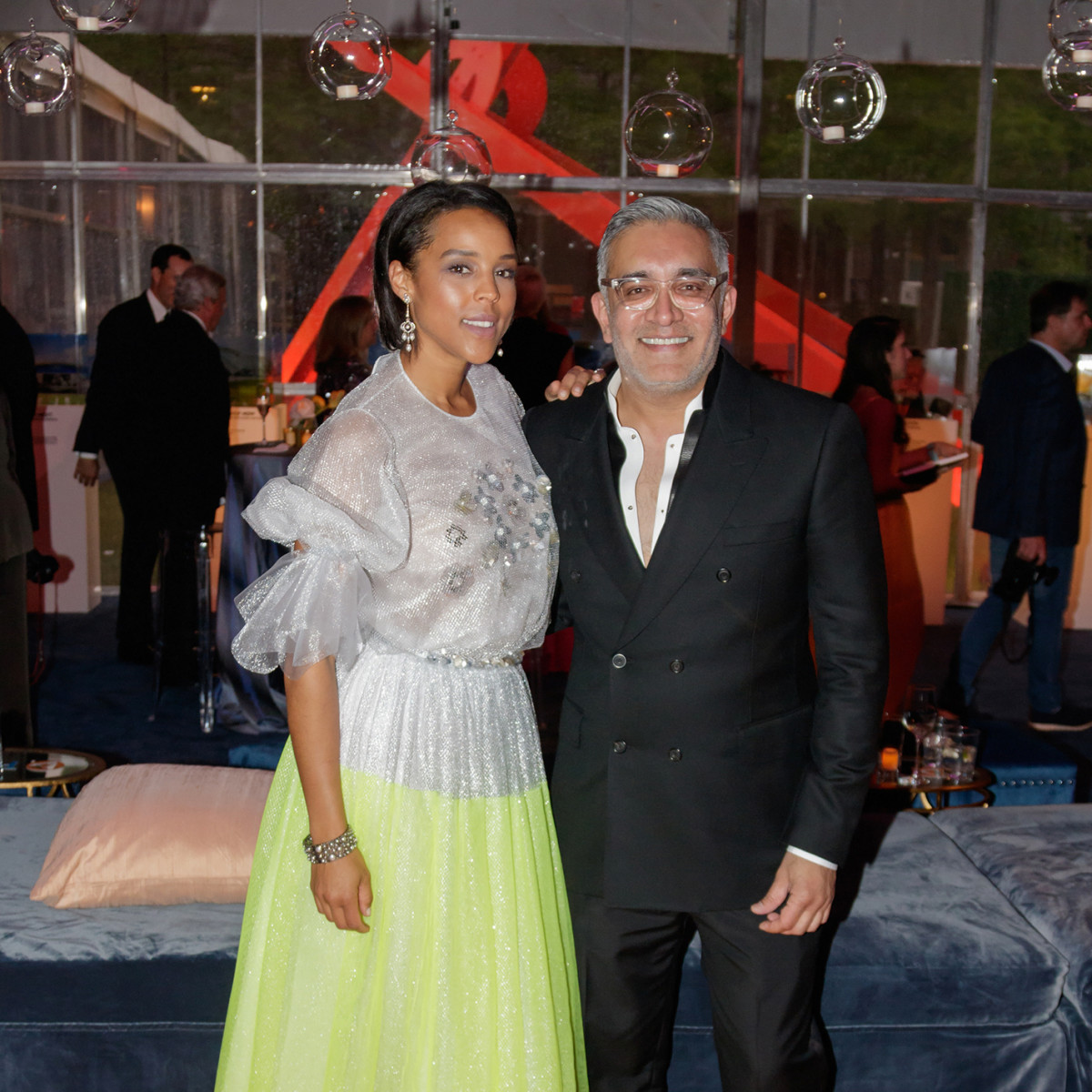 Jessica Nowitzki, Roshan Patel