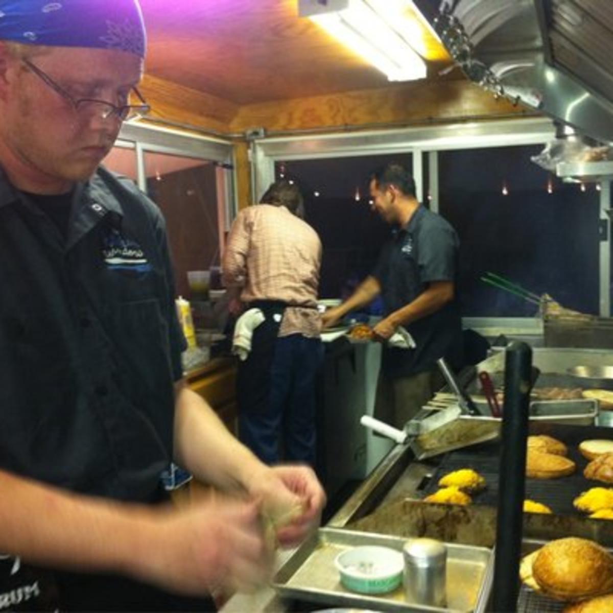 Austin Photo: Places_Food_the_kitchen_window_preparation