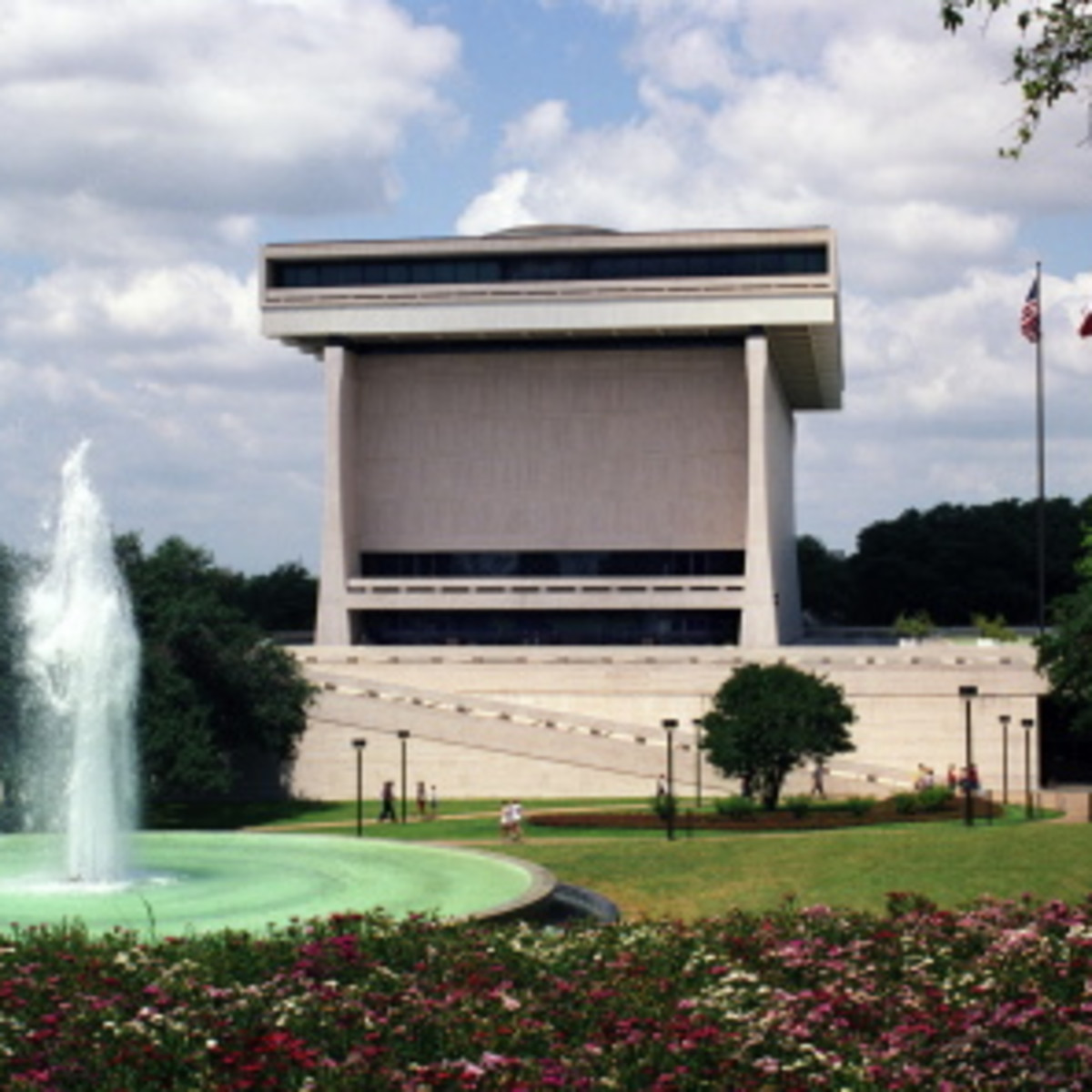 Austin Photo: Places_Arts_LBJ_Library_Exterior
