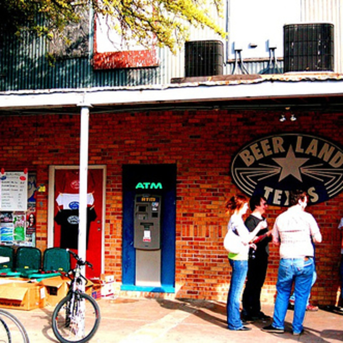 Austin Photo: Places_Live Music_Beerland_Exterior
