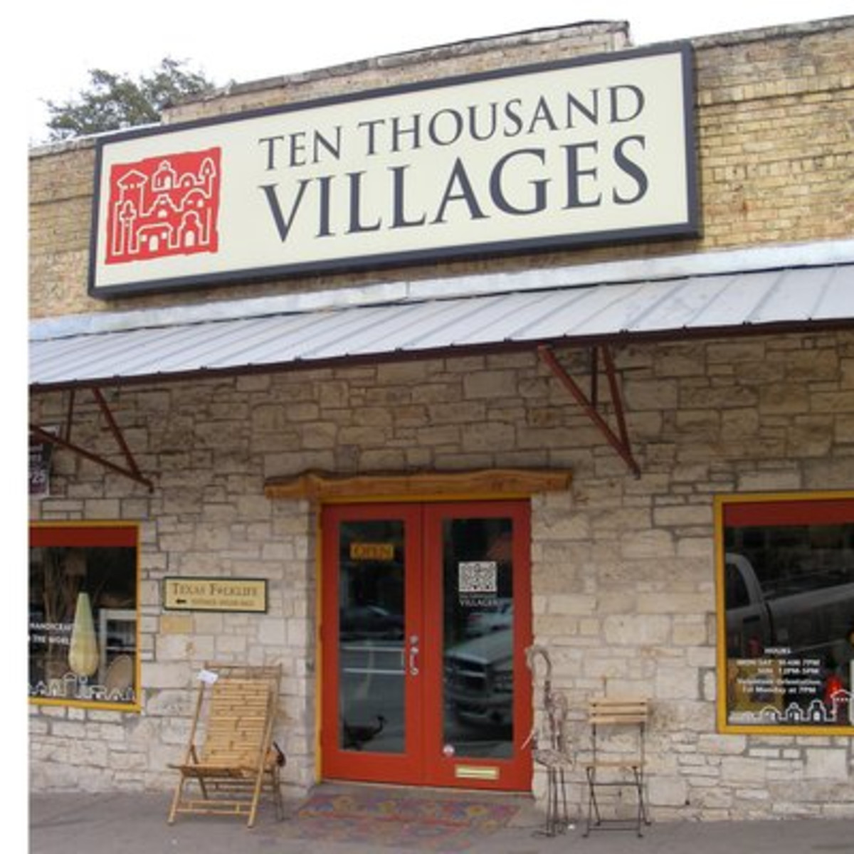 Austin Photo: Places_shopping_ten_thousand_villages_exterior