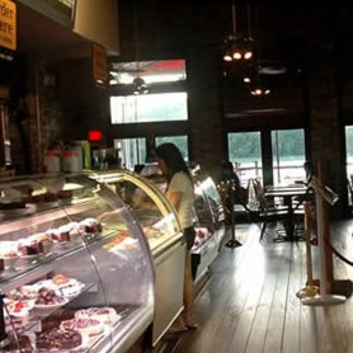 Austin photo: Places_Food_Mozart's_Interior