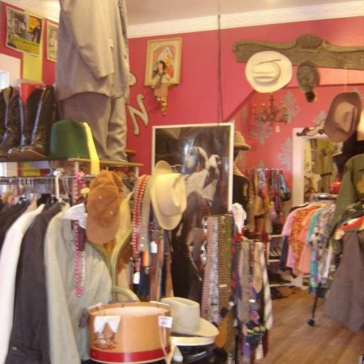 Austin Photo: Places_shopping_flashback_vintage_interior