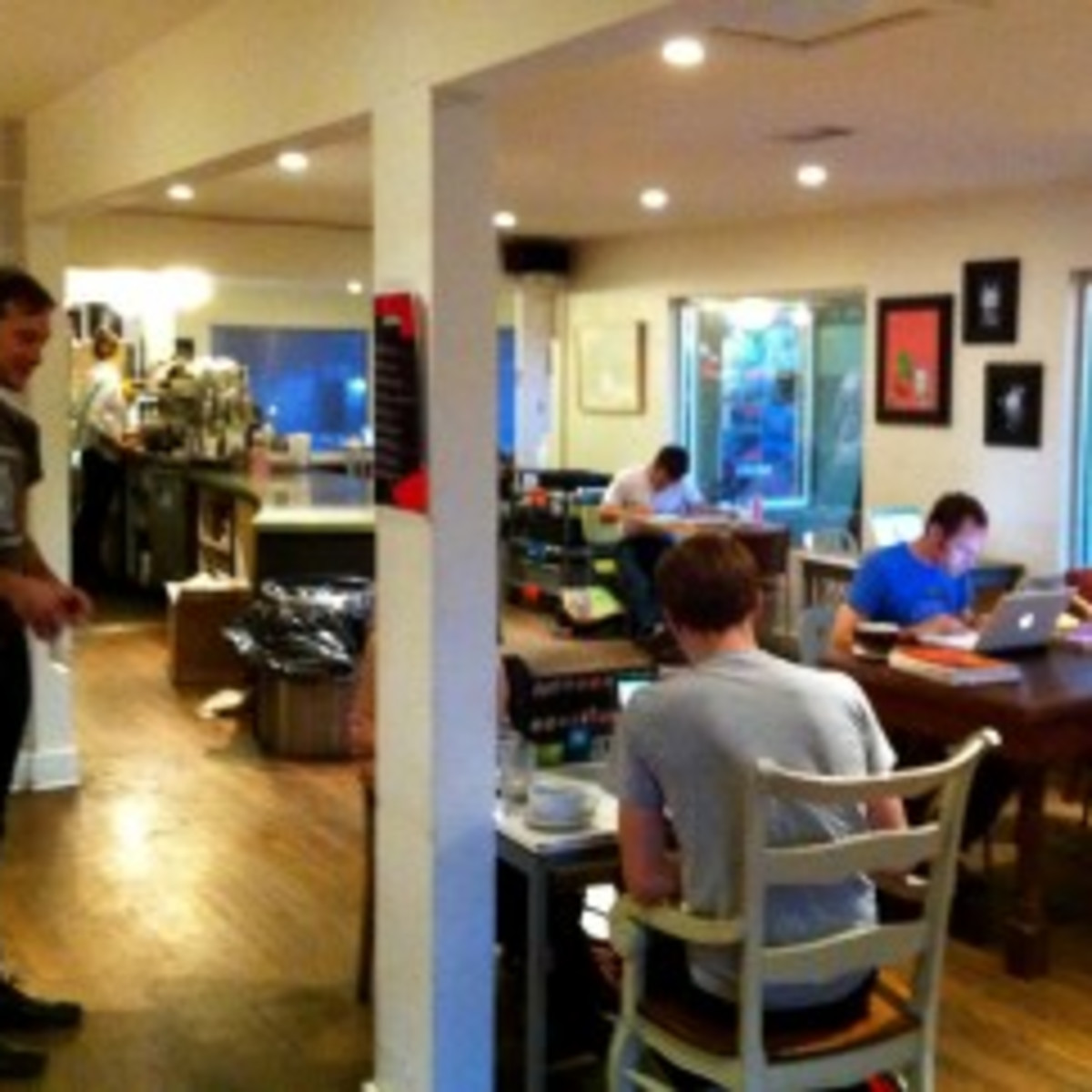 Austin_photo: places_drinks_thunderbird coffee_inside