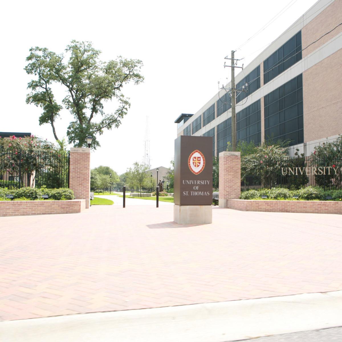 Places-Unique-University of St. Thomas-plaza-1