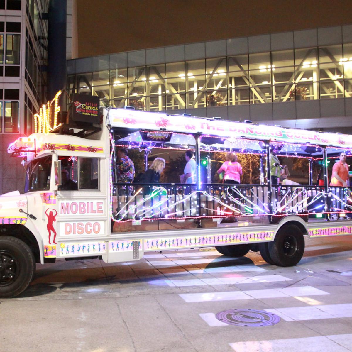 News_Gloworama 2009_disco bus