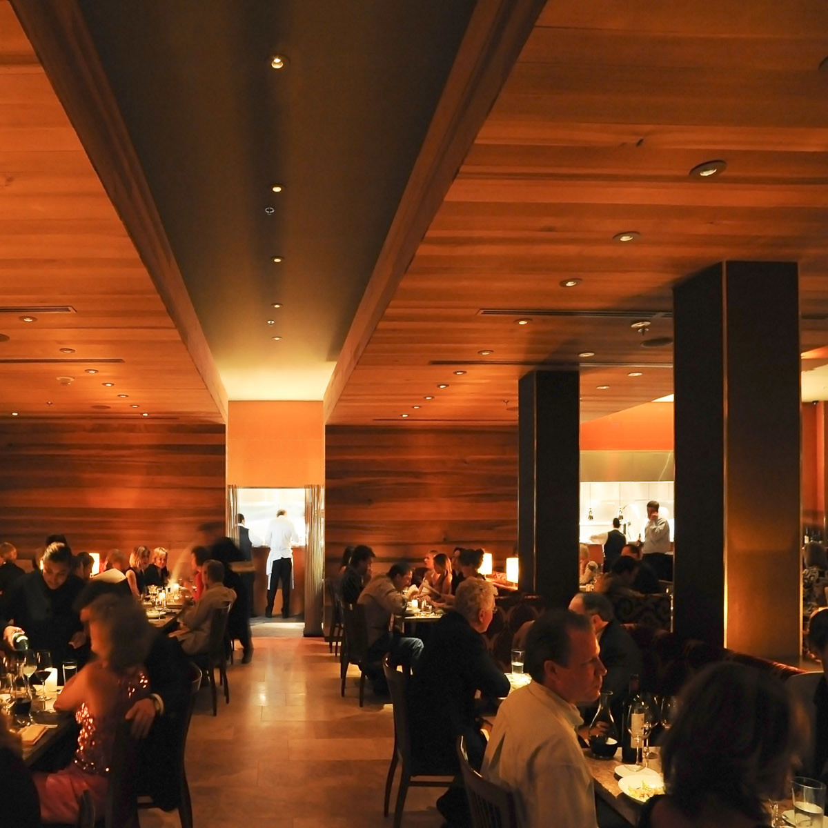 News_Sarah_Restaurant Roundup_Feb. 2010_RDG_interior