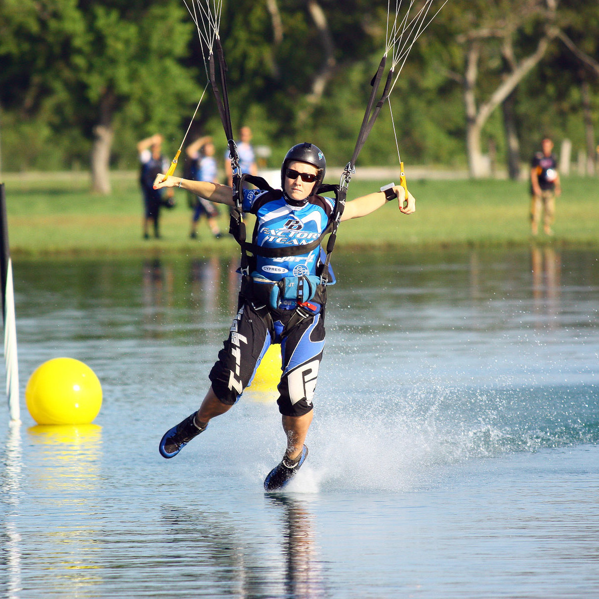 News_skydiving_ Jessica Edgeington