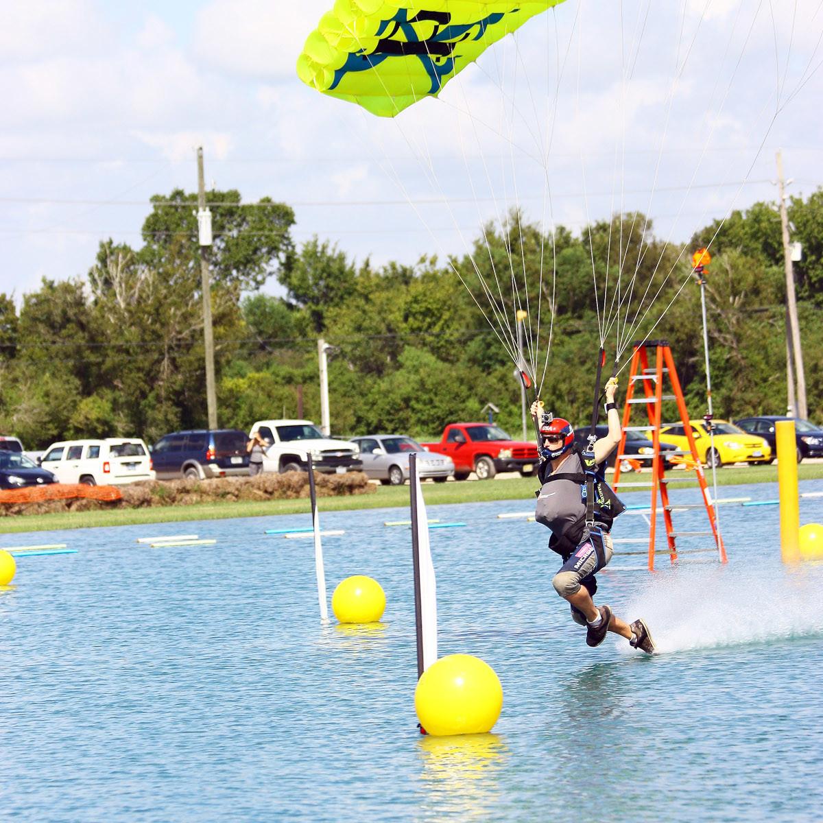News_skydiving_Thomas Hughes
