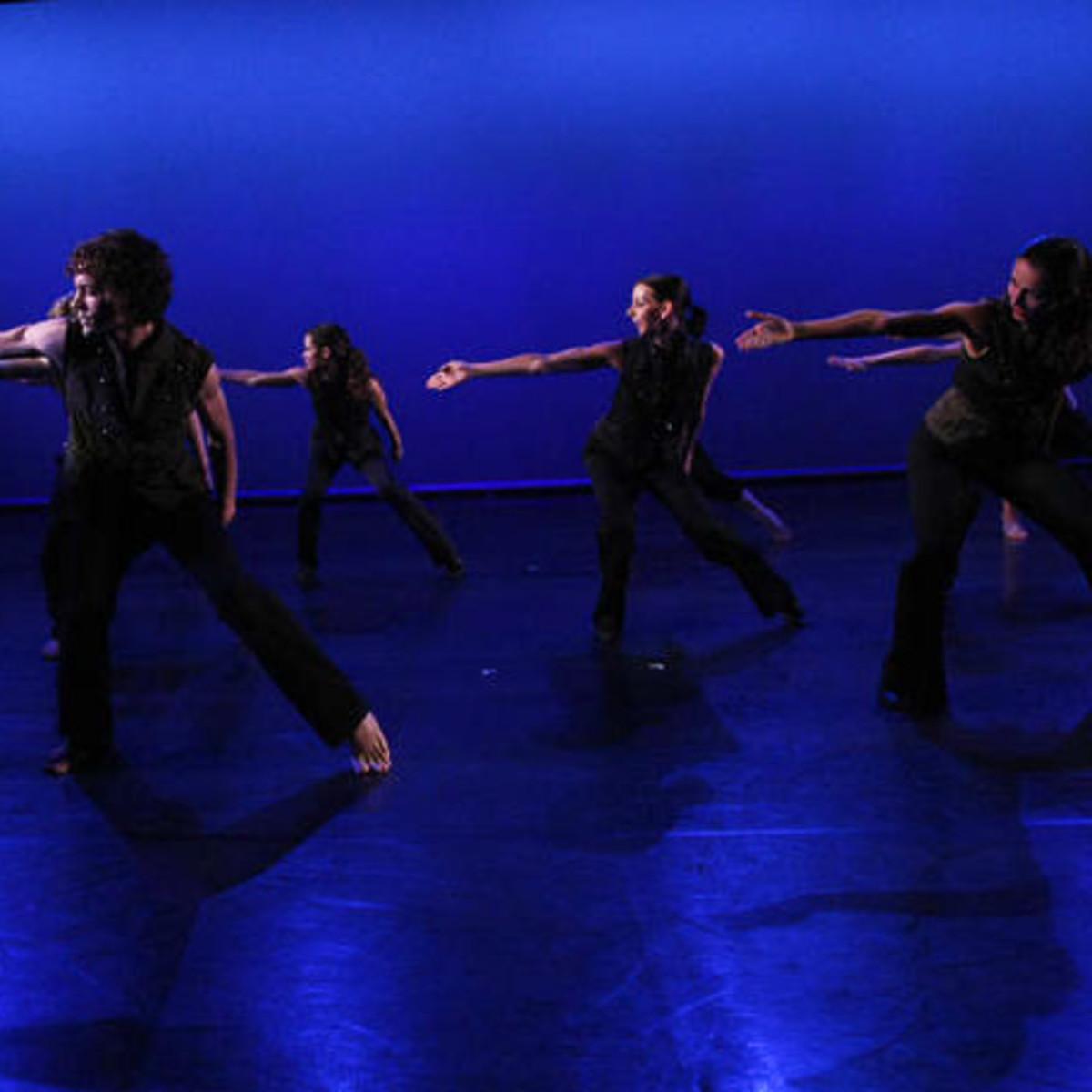 News_Nancy_weekend_Revolve Dance Company_Synchronicity