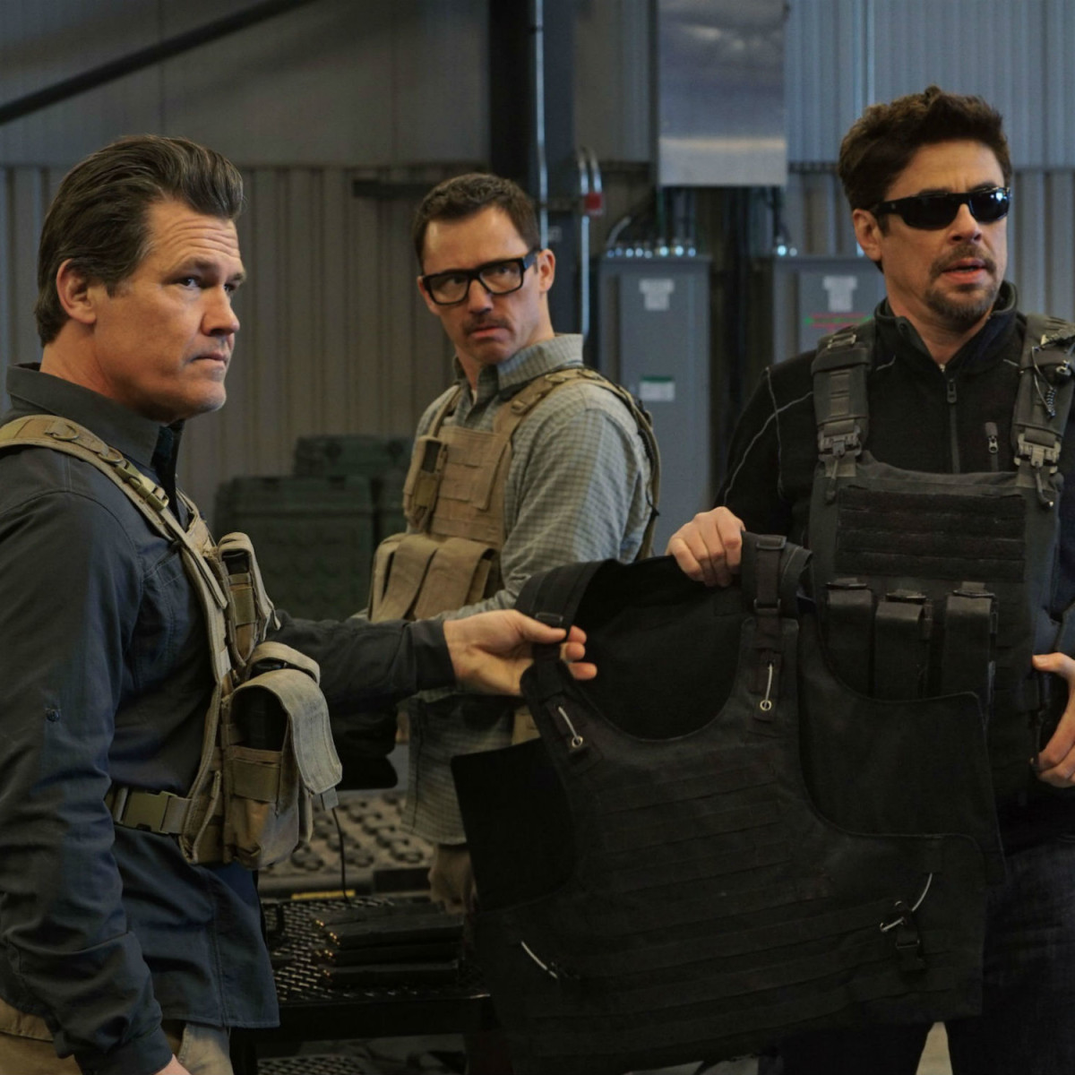Josh Brolin, Jeffrey Donovan, and Benicio Del Toro in Sicario: Day of the Soldado
