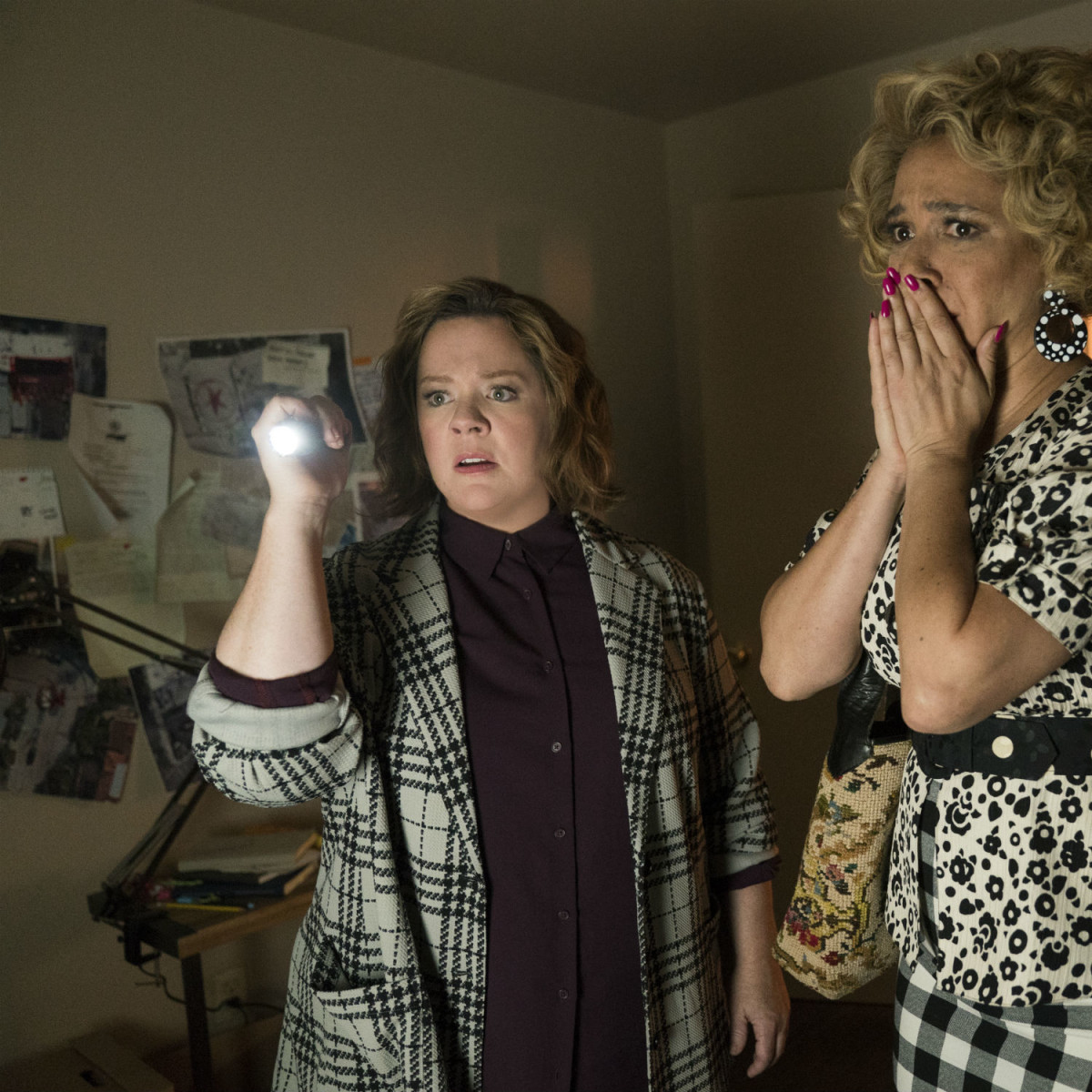 Melissa McCarthy and Maya Rudolph in The Happytime Murders