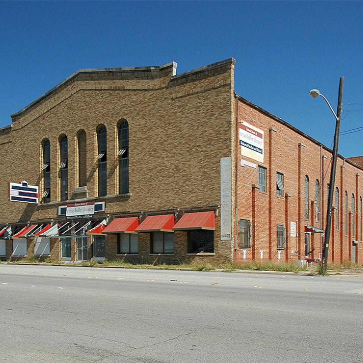 Houston Zoo black bear habitat bear with ball tongue out