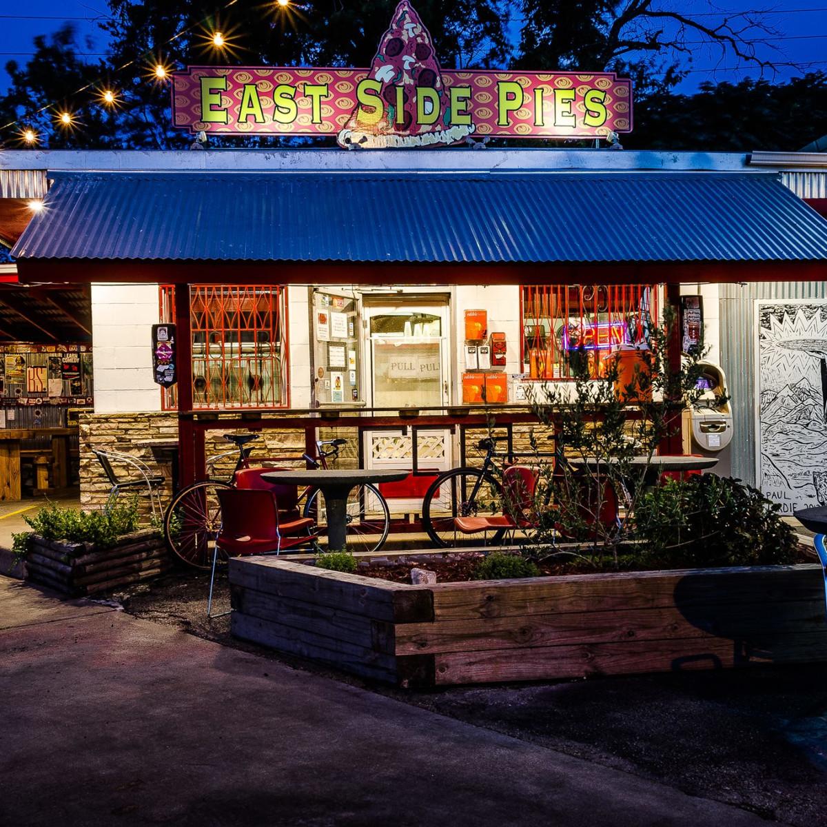 East Side Pies Rosewood Austin
