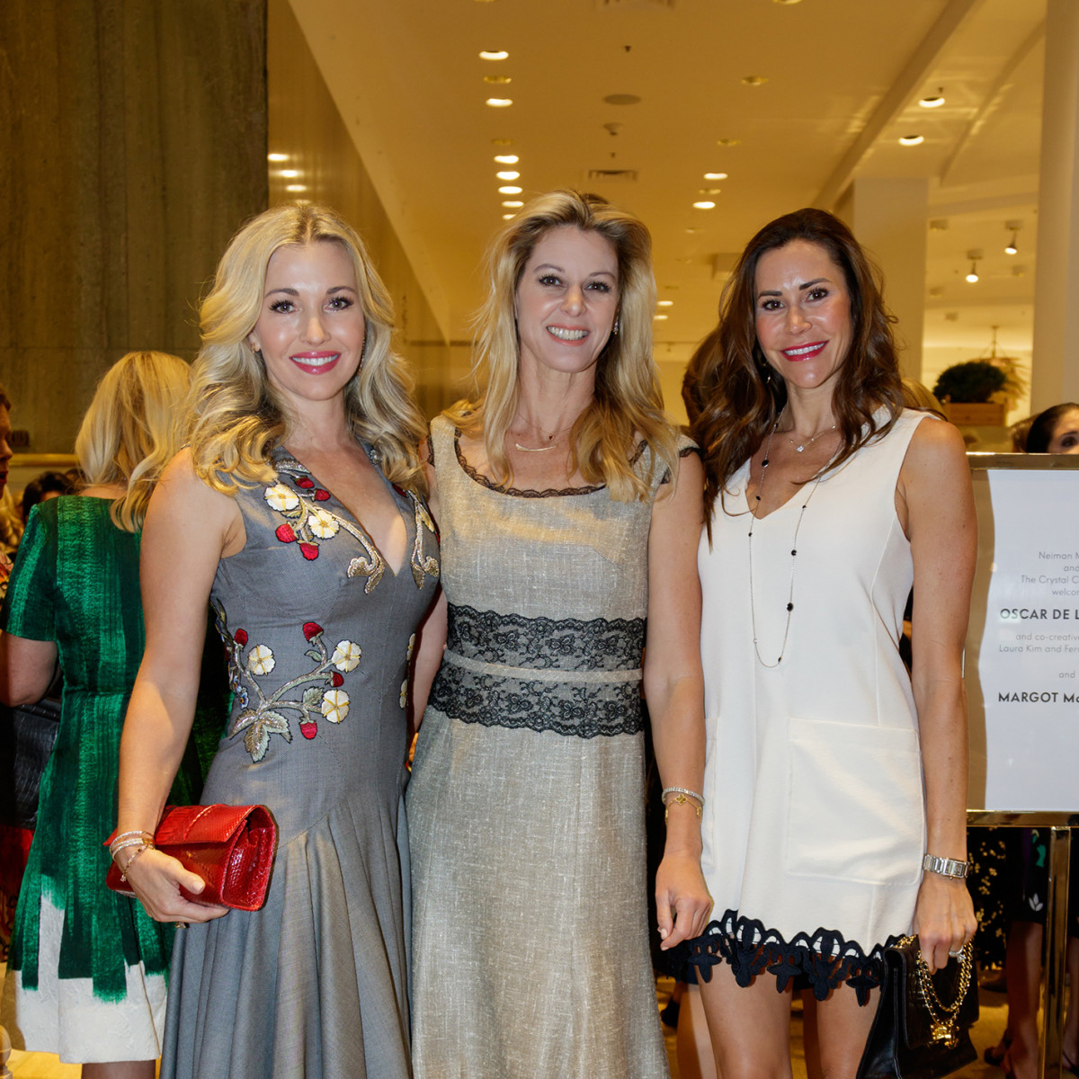 Tavia Hunt, Christine Handy, Sarah Smith