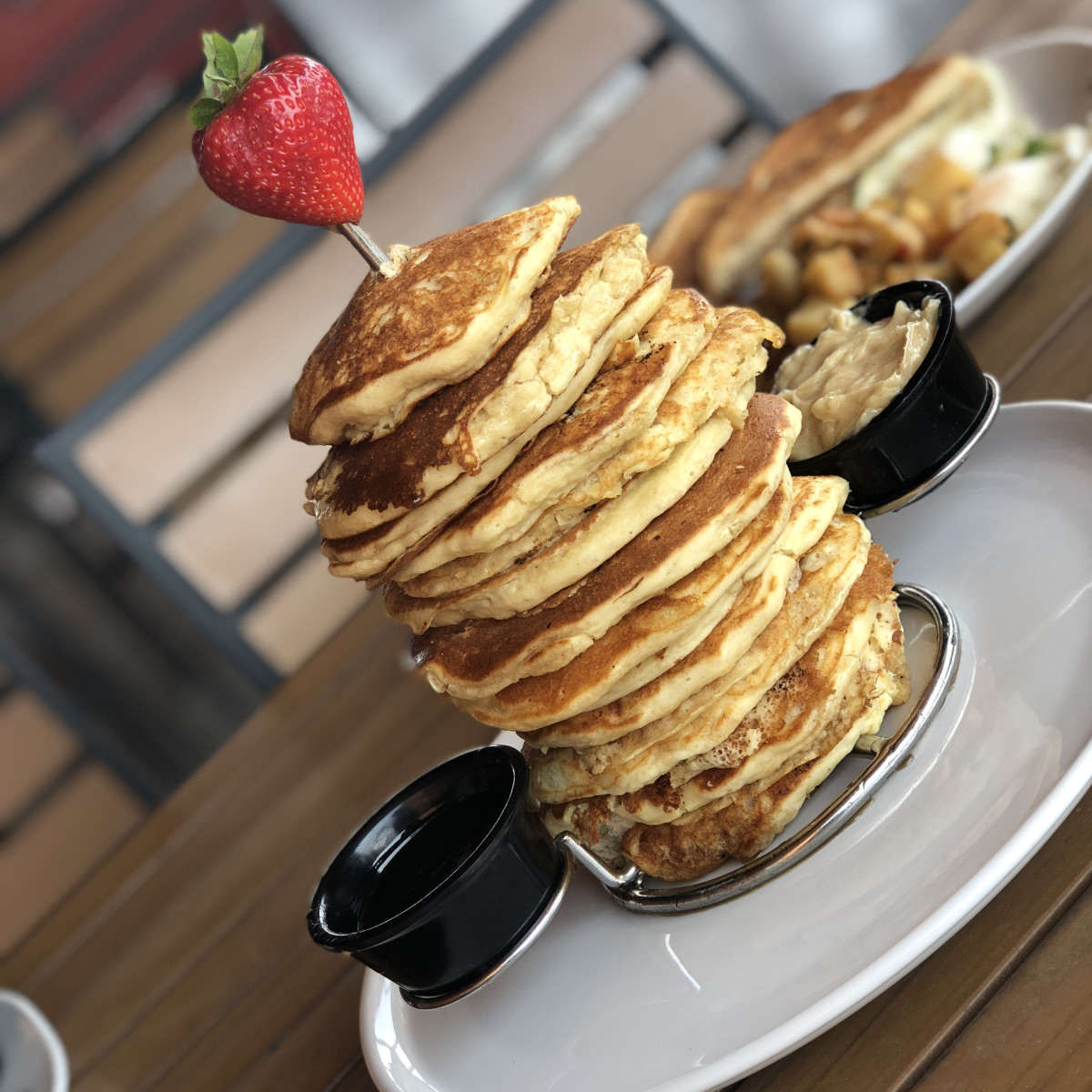 Pinstack pancake tower