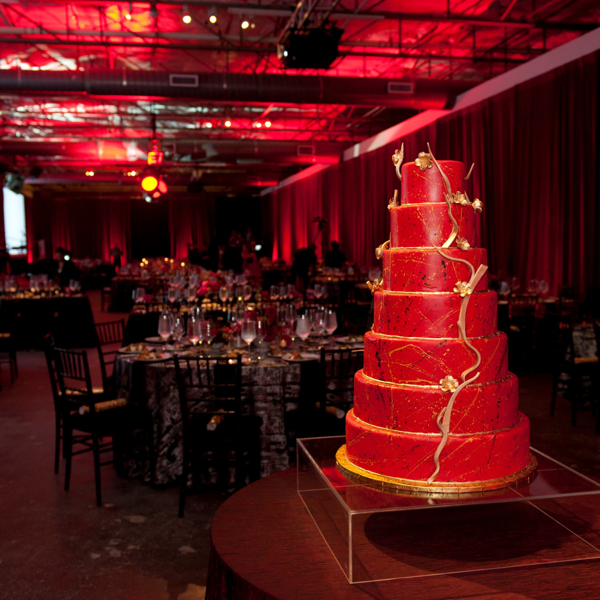 Dallas Contemporary 40 Years Cake