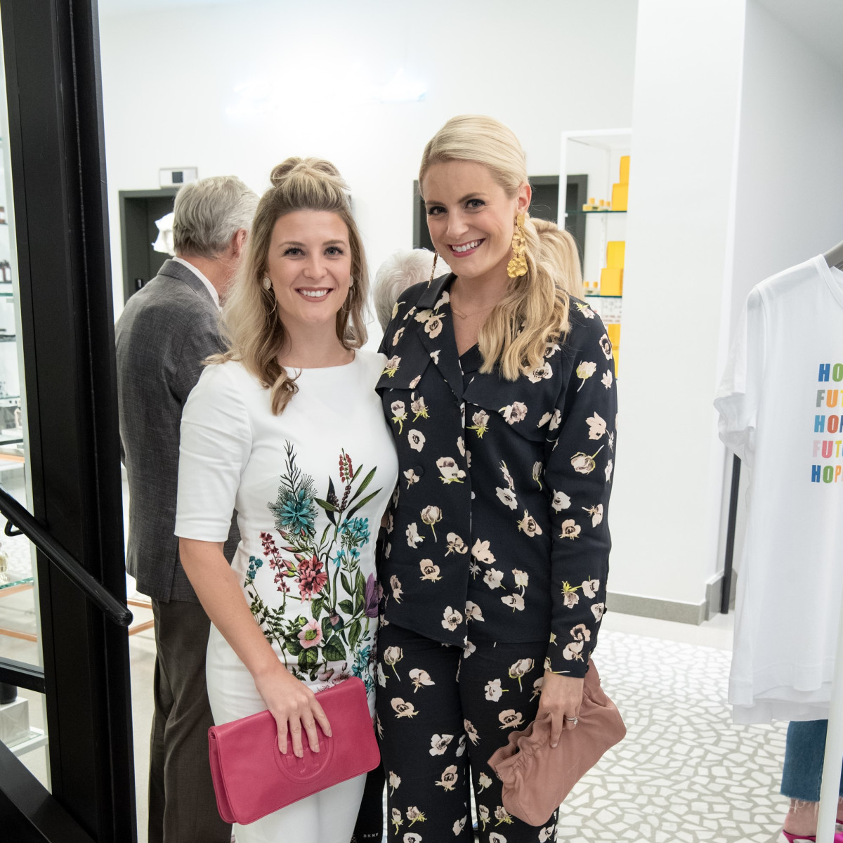 Jessica Smotherman, Lauren Cavenaghi