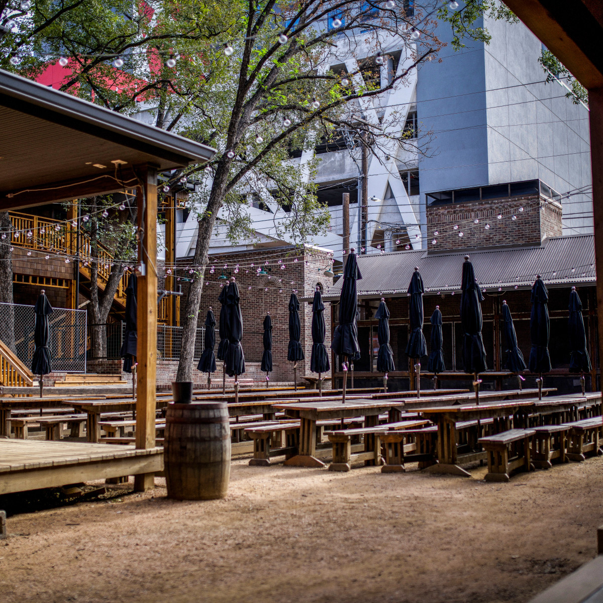 Banger's Expansion patio