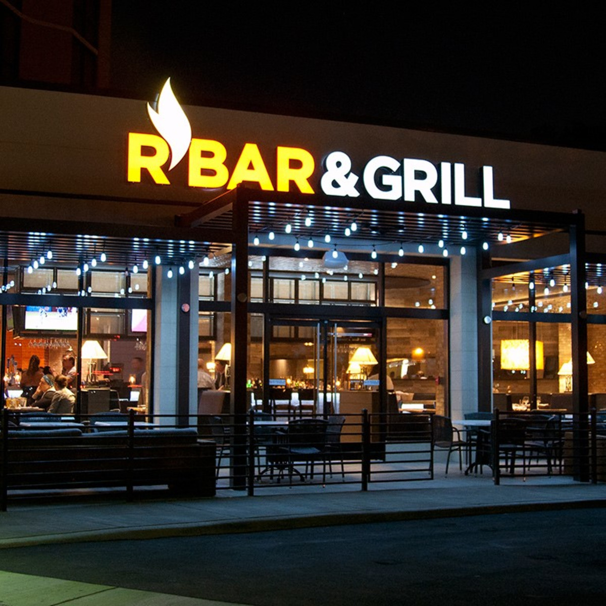 R Bar and Grill