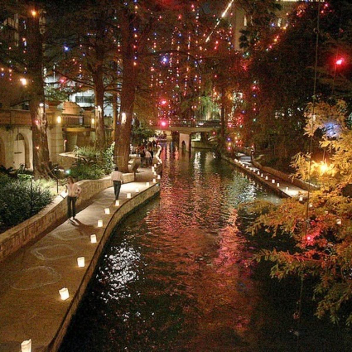 Ford Fiesta de Luminarias River Walk Holiday Christmas