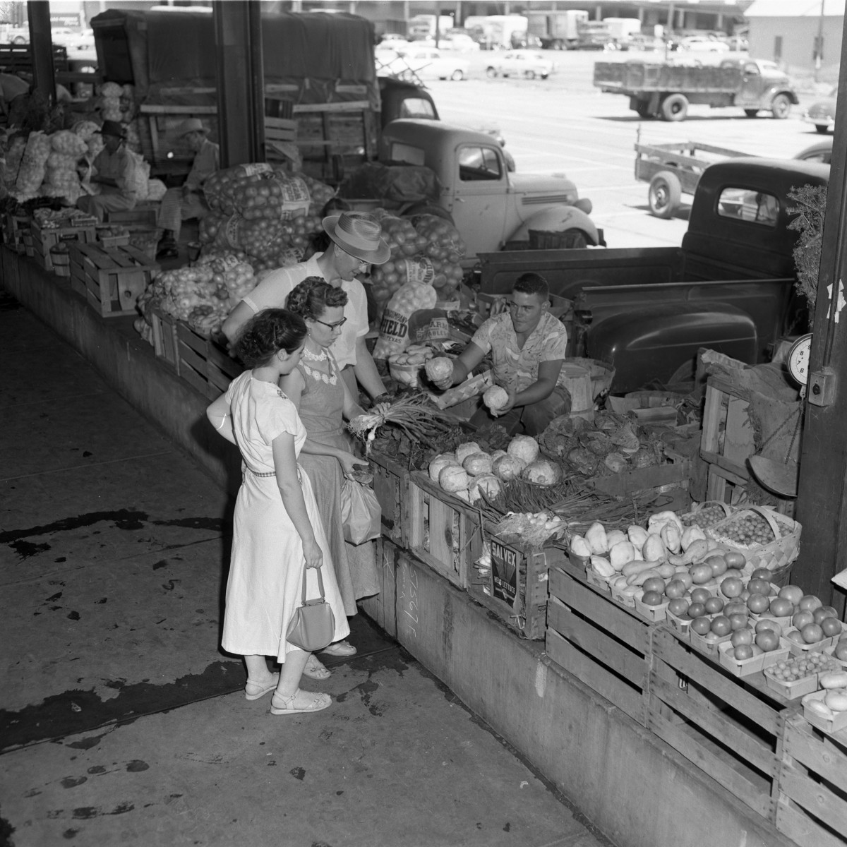 Dallas Farmers Market in late 1940s or early 1950s