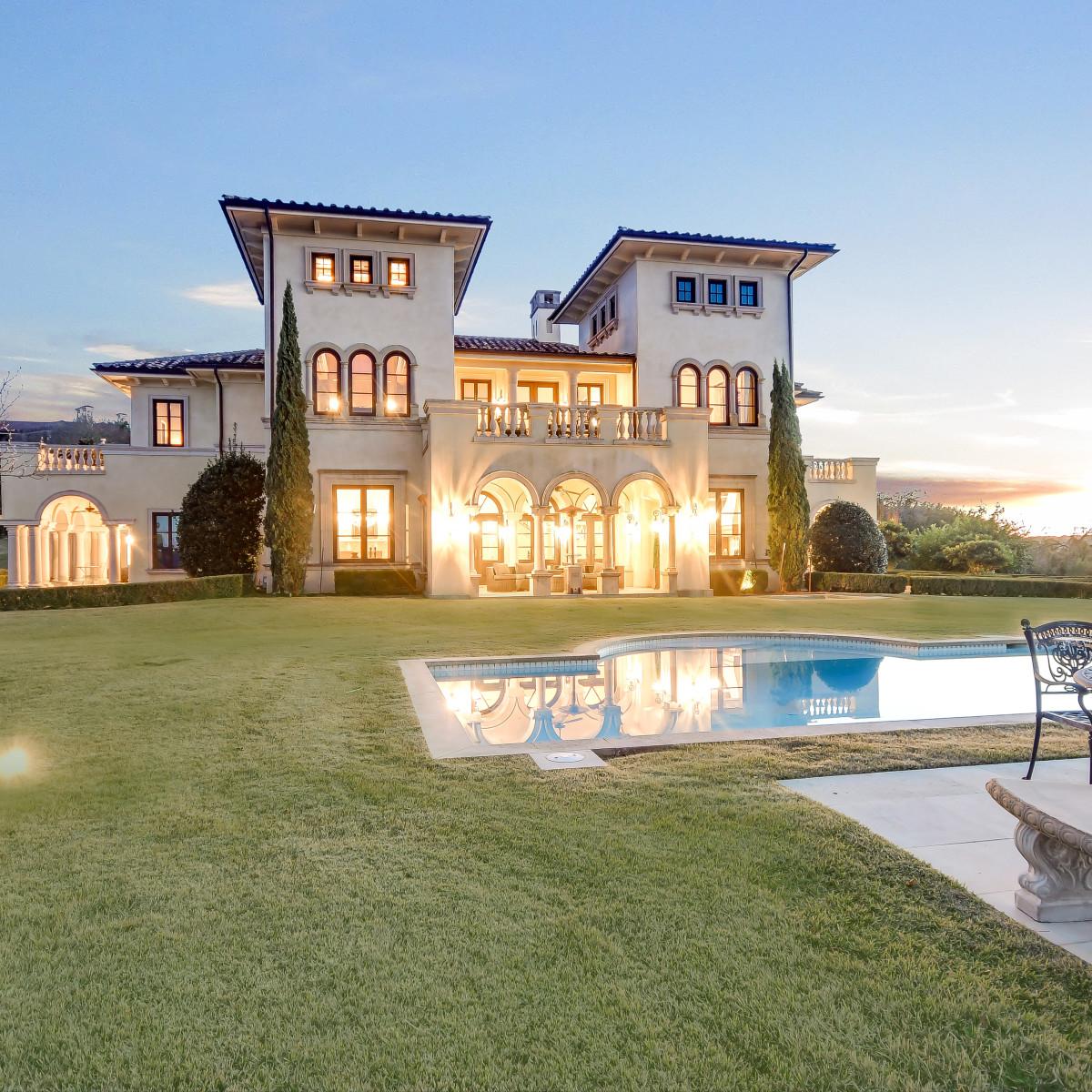 215 Bella Riva Drive Austin home for sale