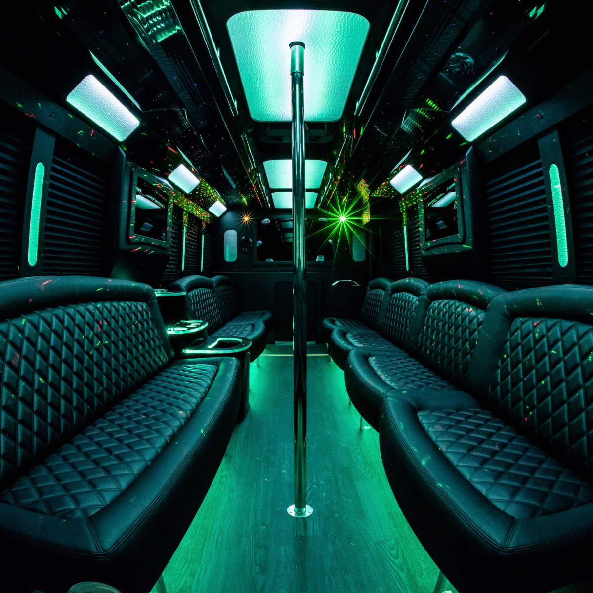 Clé Group Bus interior