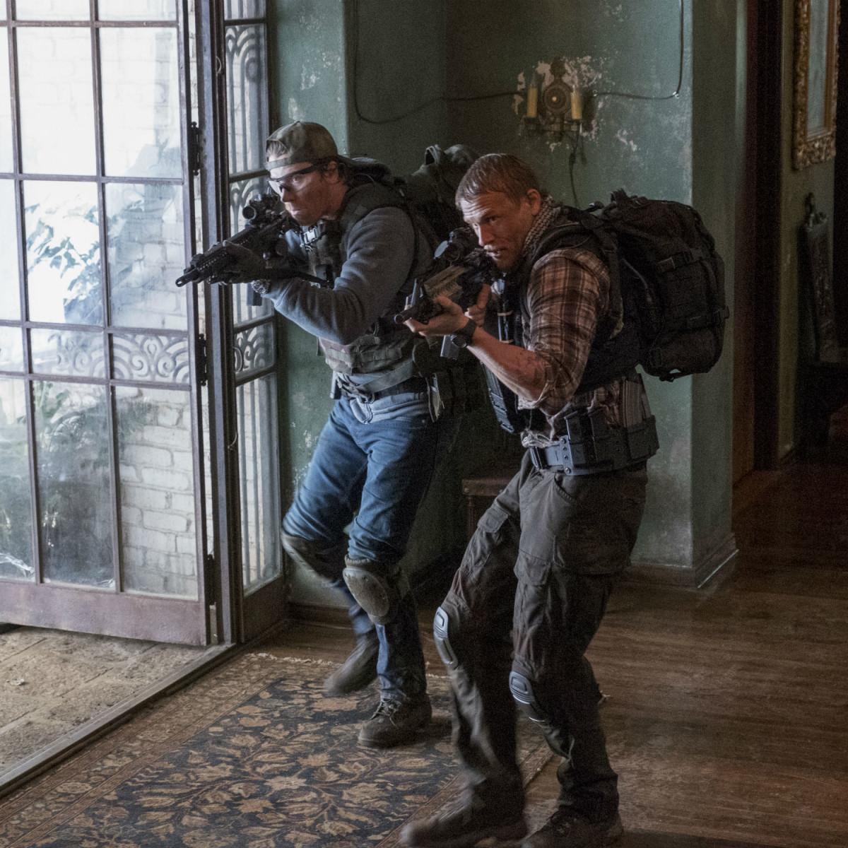 Garrett Hedlund and Charlie Hunnam in Triple Frontier