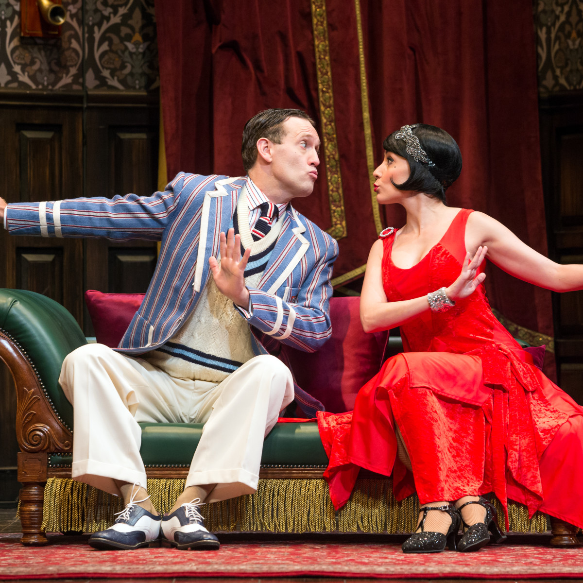 The Play That Goes Wrong: Ned Noyes and Jamie Ann Romero