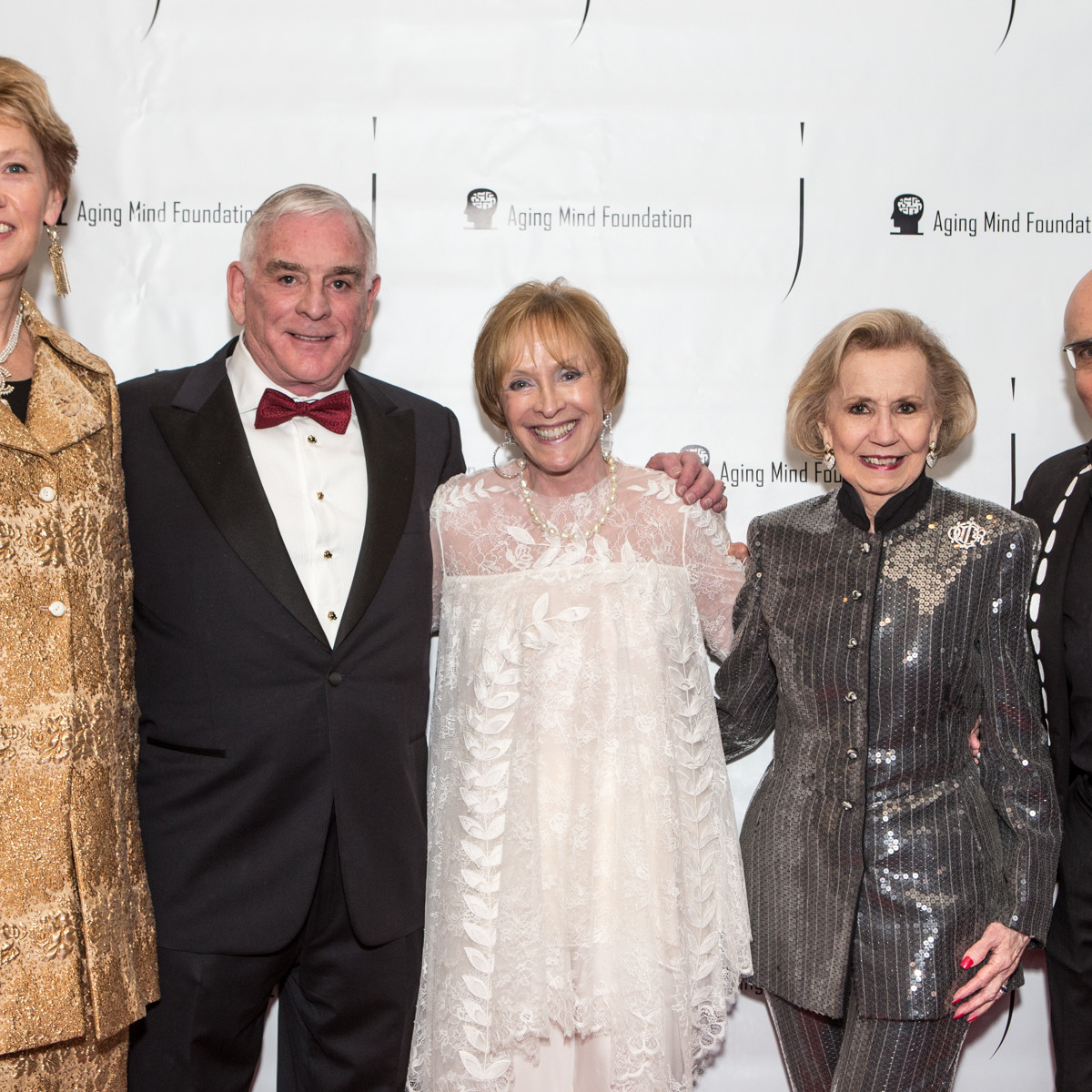Kathy Nelson, 2019 Gala Chair; Ben Fischer, Laree Hulshoff, Co-Founder Aging Mind Foundation; Yvonne Crum, 2019 Gala Honoree and Michael Tregoning, President of Headington Companies.