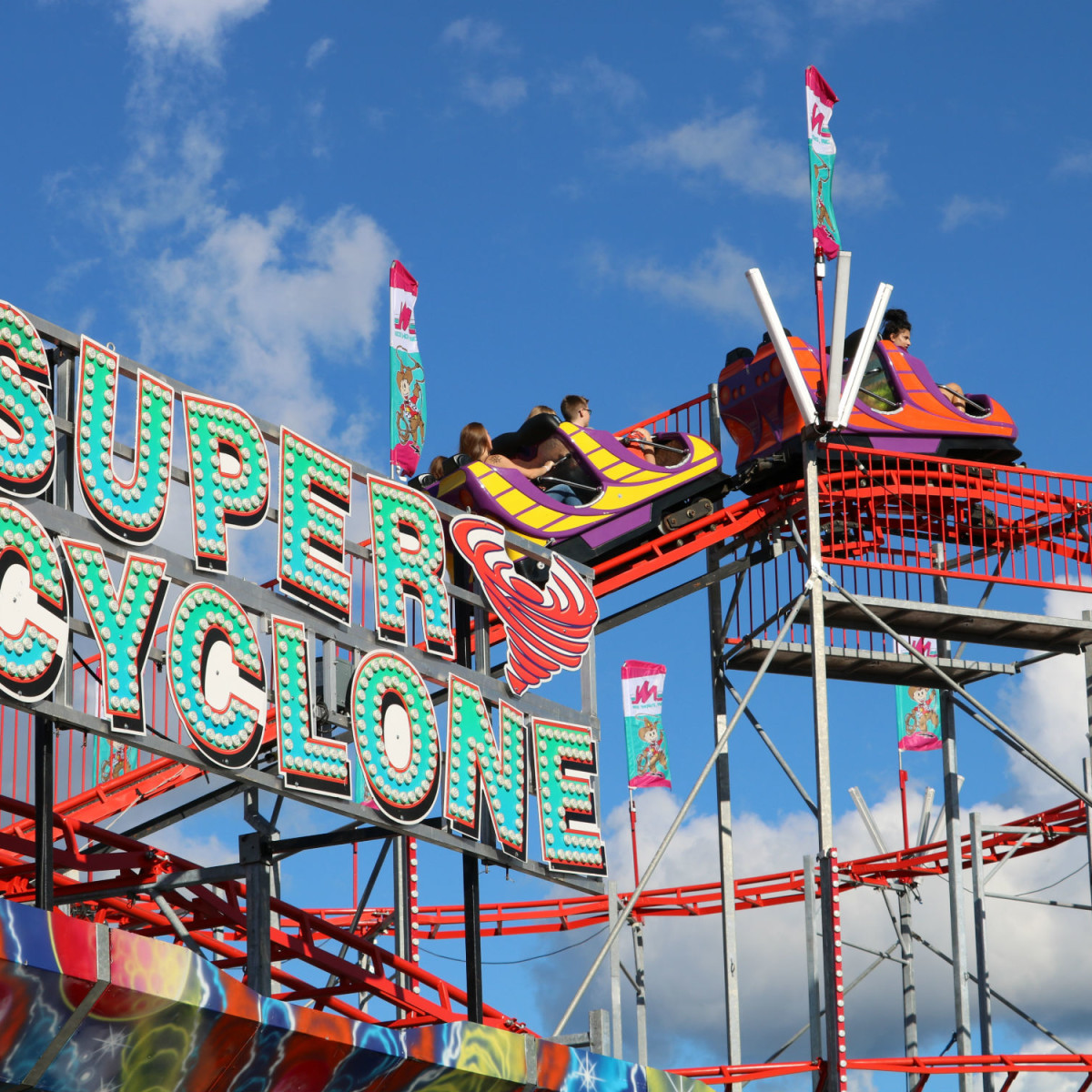 Super Cyclone at Fiesta Carnival