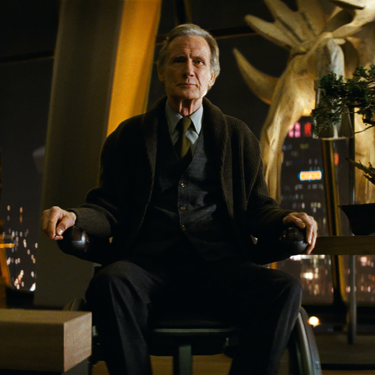 Bill Nighy in Pokémon Detective Pikachu