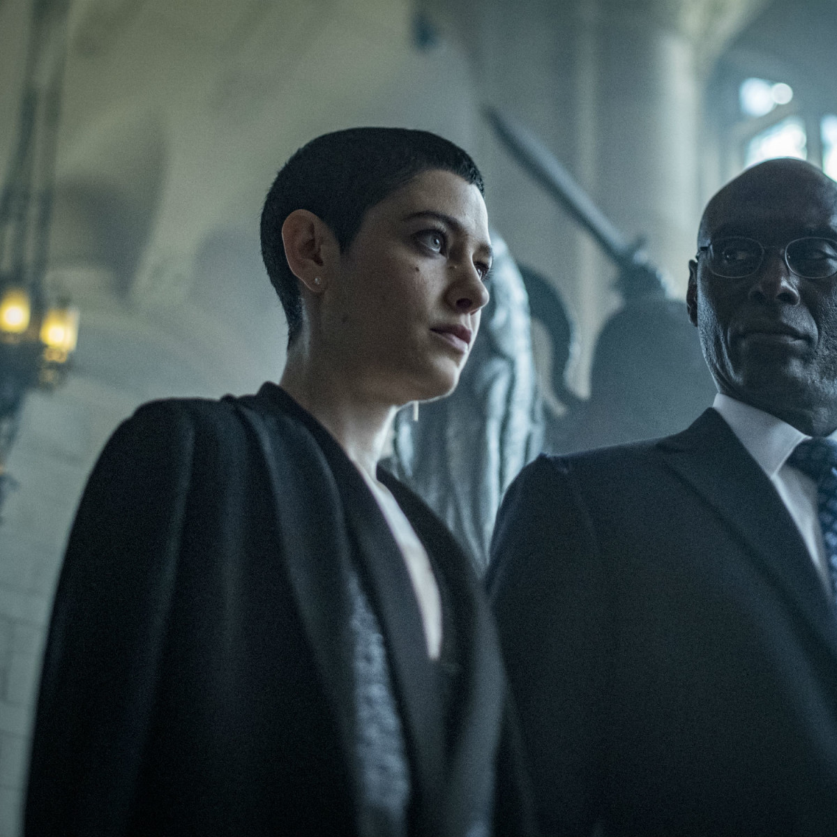 Asia Kate Dillon and Lance Reddick in John Wick: Chapter 3 - Parabellum